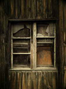 1194819_old_window
